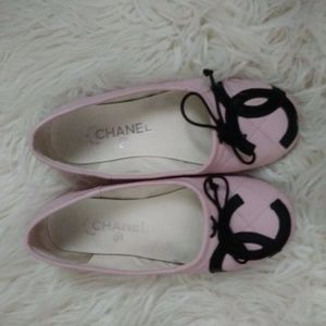 Chanel slippers 6.5 comes with FREE CC COIN POUCH